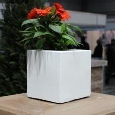 Бетонна ваза Куб малий